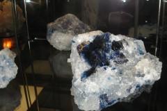 Niebieski-halit